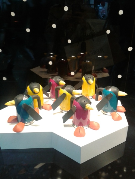 More goodness from the John Lewis window - kettle penguins!