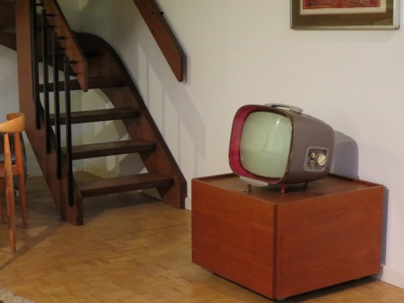 There was a whole room devoted to Mid-century design which was delightful, but I fell in love with the period television set.